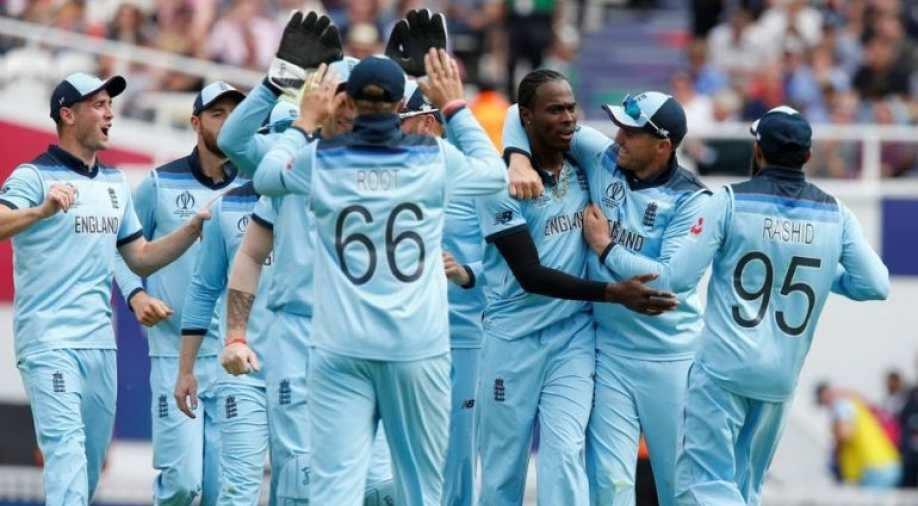 ইংল্যান্ড ক্রিকেটে শুরু হয়েছে 'গণছাঁটাই'