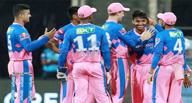IPL এ আবার বিপদে পড়লো মুস্তাফিজের দল