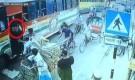 আইনশৃঙ্খলা বাহিনীর পোশাক পরে চলছে ছিনতাই-ডাকাতি