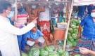 একদিনেই সব সিন্ডিকেট ভেঙে ৪০ টাকায় তরমুজ বিক্রি